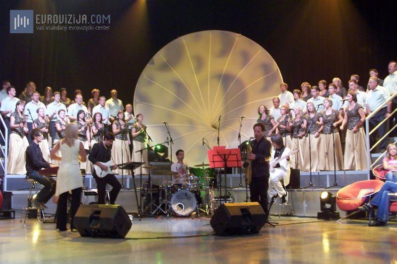 Slovenska popevka 2009 - šov program v studiu 2 (Foto: Alesh Maatko)
