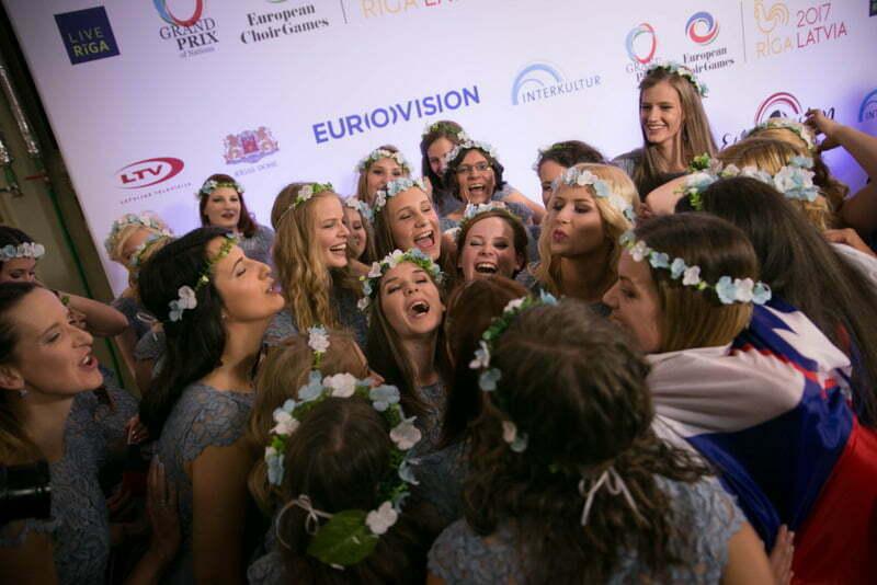 Veselje naših deklet iz zbora Carmen Manet. (Foto: Ojārs Jansons in Reinis Rudzitis / EBU)