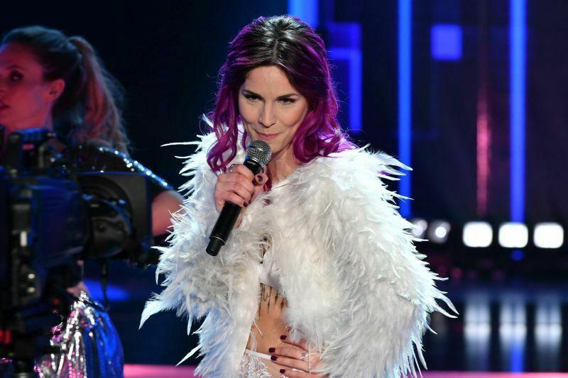 Beovizija 2019 (šov program): Lea Sirk je zapela pesem Hvala, ne!. (Foto: RTS)
