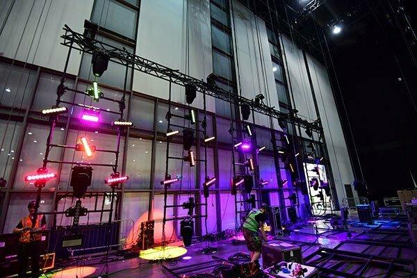Okrog dvorane bo nameščenih 652 svetlobnih efektov. (Foto: m-m-pr.com / Ola Melzig)