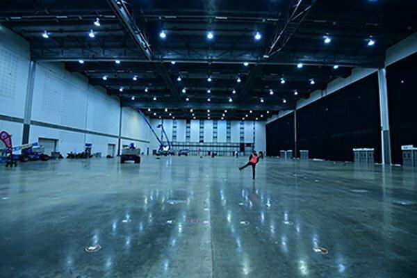 Takšna je bila dvorana pred vselitvijo ekipe M & M. (Foto: m-m-pr.com / Ola Melzig)